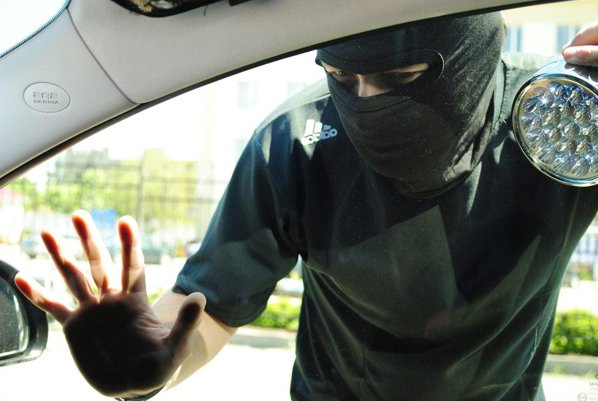 Видеонаблюдение против угона авто