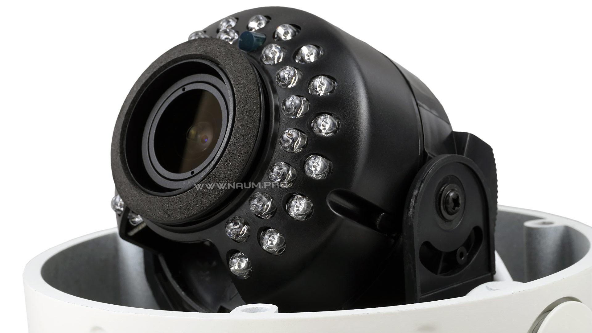 Купольная антивандальная камера с варифокальным объективом